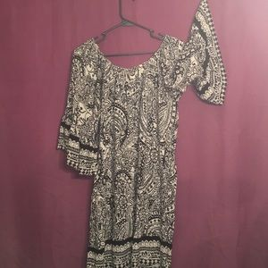 Umgee Bell sleeve dress